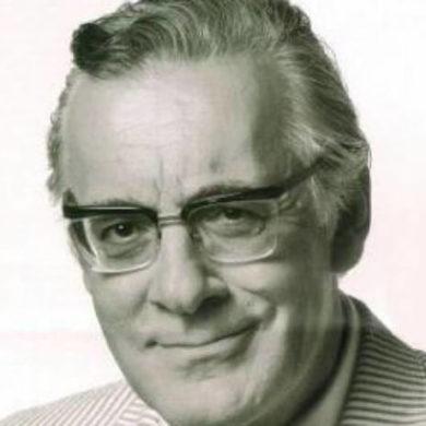 Φρέντυ Γερμανός, Έλληνας δημοσιογράφος. Θαν. 21 Μαΐου 1999