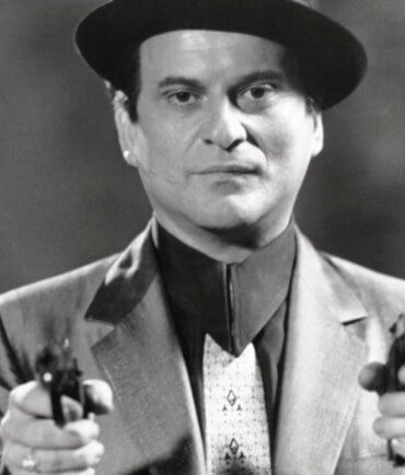 Τζο Πέσι, αμερικανός ηθοποιός. Γεν. 9 Φεβρουαρίου 1943.